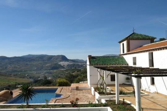 Large Renovated Cortijo, Tower, Studio, Views
