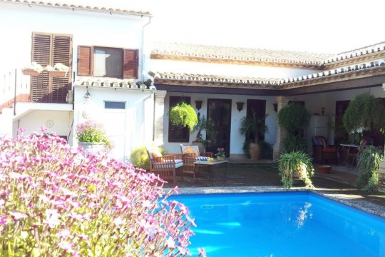 Country House, Pool, Independent Apartment, Plot 2.500m2