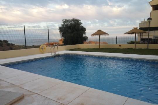 5 Min Beach, Duplex Apartment, 2 Beds, Fuengirola