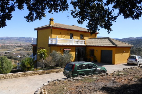 Perfect B&B, Country House, 6 Beds, Pool, Garage, Olives