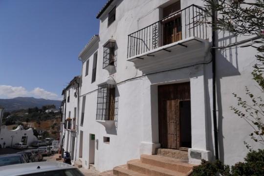 Historial Townhouse, 8 Beds, Garden, Views