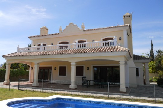 Long Term Rental, Chalet, Pool & Gardens