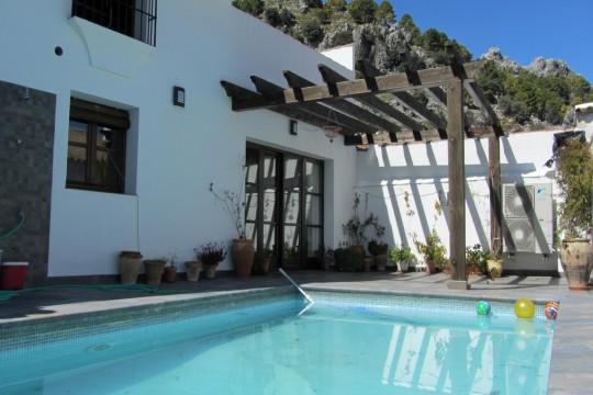 Mountain Village House 550m2, Pool, Garage, 5 Beds