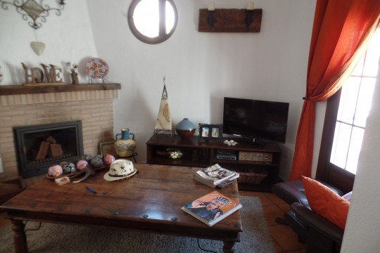 Charming Village House, 2 Beds, 2 Baths, Beautiful Views