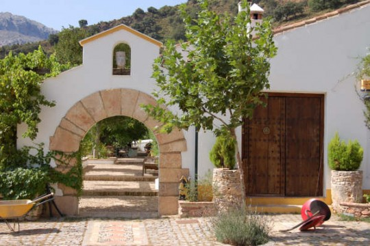 Andalucian Cortijo, Country Estate 107 ha, Pool, Outbuildings